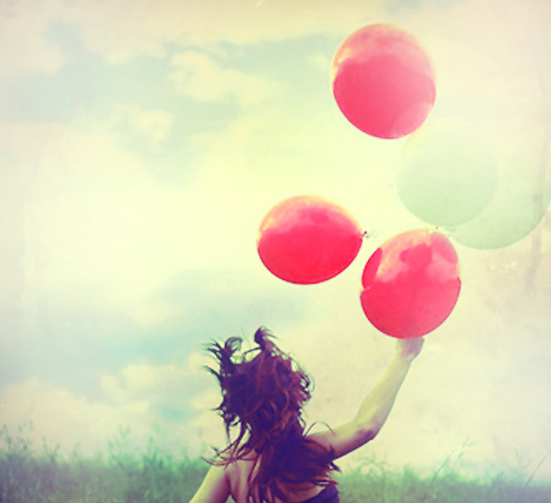 Balloons,balloon,clouds,girl,photography,red-6336f6f46426788c4aadc68bbc056768_h